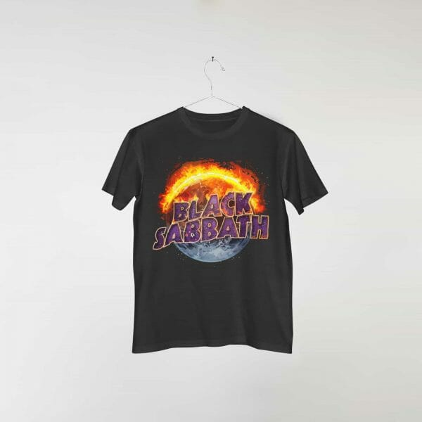 camiseta-preta-black-sabbath-thirteen